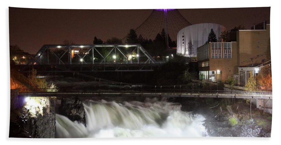 Spokane Bath Towel featuring the photograph Spokane Falls Night Scene by Carol Groenen
