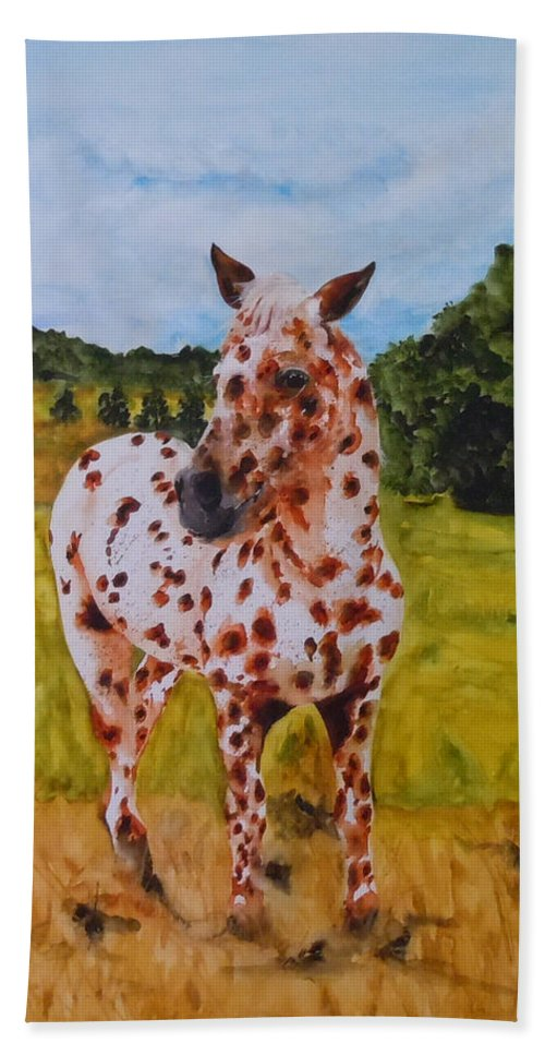 Horse Bath Towel featuring the painting Spotted in Hawaii by Jean Blackmer