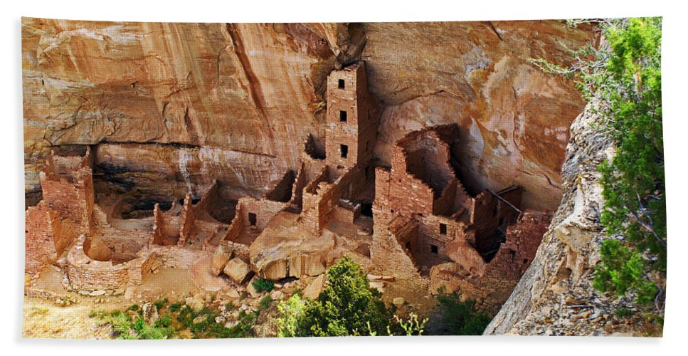 Landscape Bath Sheet featuring the photograph Square Tower Overlook - Alcove Dwellers by Glenn Smith