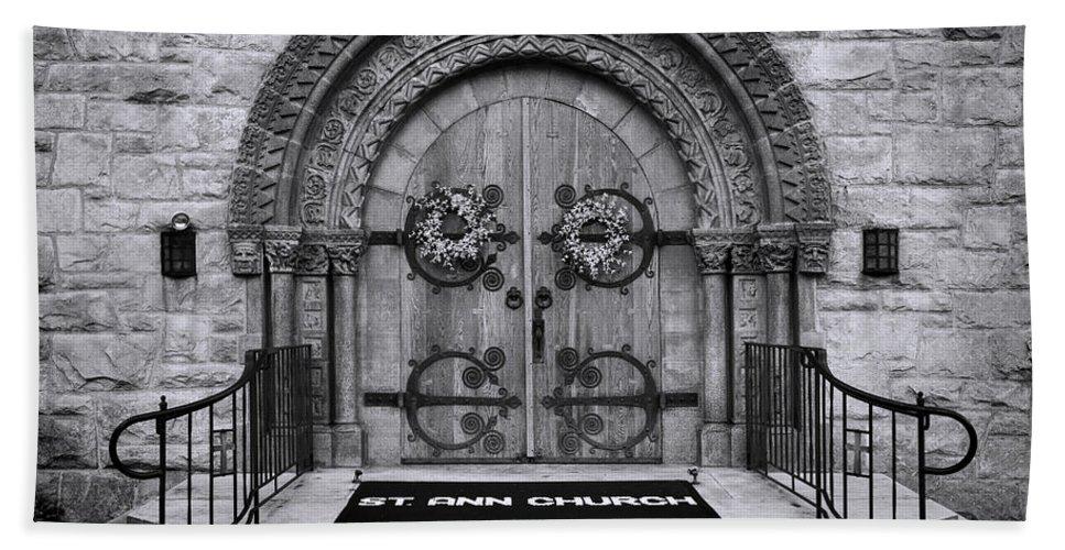 St Ann Bath Sheet featuring the photograph St Ann Church - Bw by Stephen Stookey