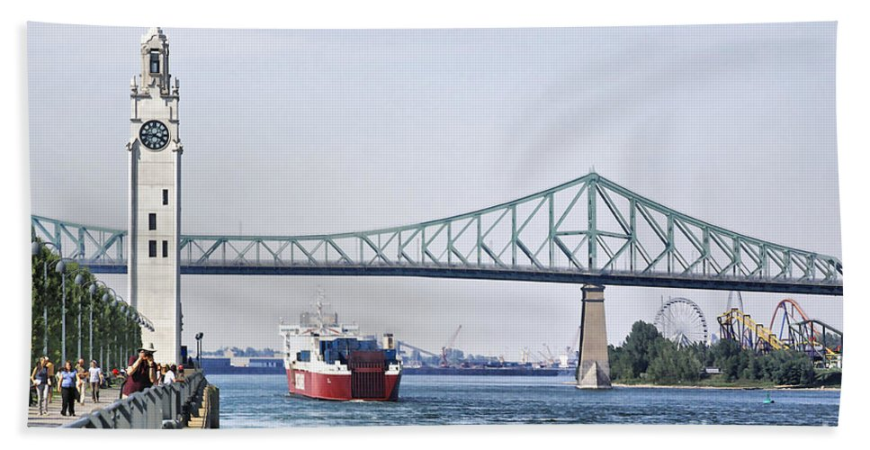 Hand Towel featuring the photograph St Lawrence And Laronde by Deborah Benoit