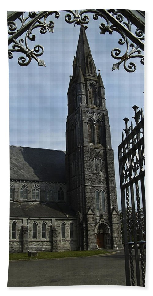 Nenagh Bath Sheet featuring the photograph St. Mary by Teresa Mucha
