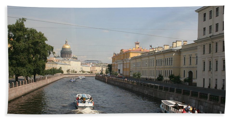 Canal Bath Sheet featuring the photograph St. Petersburg Canal - Russia by Christiane Schulze Art And Photography