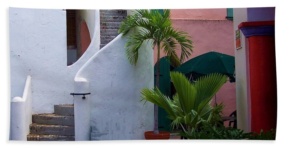 Architecture Hand Towel featuring the photograph St. Thomas Courtyard by Debbi Granruth