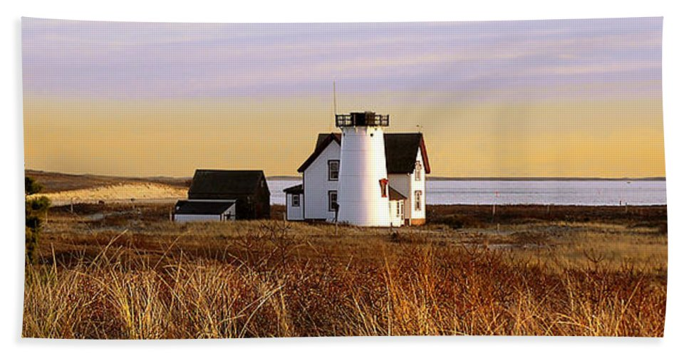 Stage Harbor Hand Towel featuring the photograph Stage Harbor Lighthouse Chatham by Charles Harden