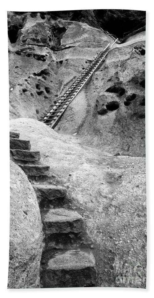 B&w Hand Towel featuring the photograph Stairways To The Kiva by Sandra Bronstein
