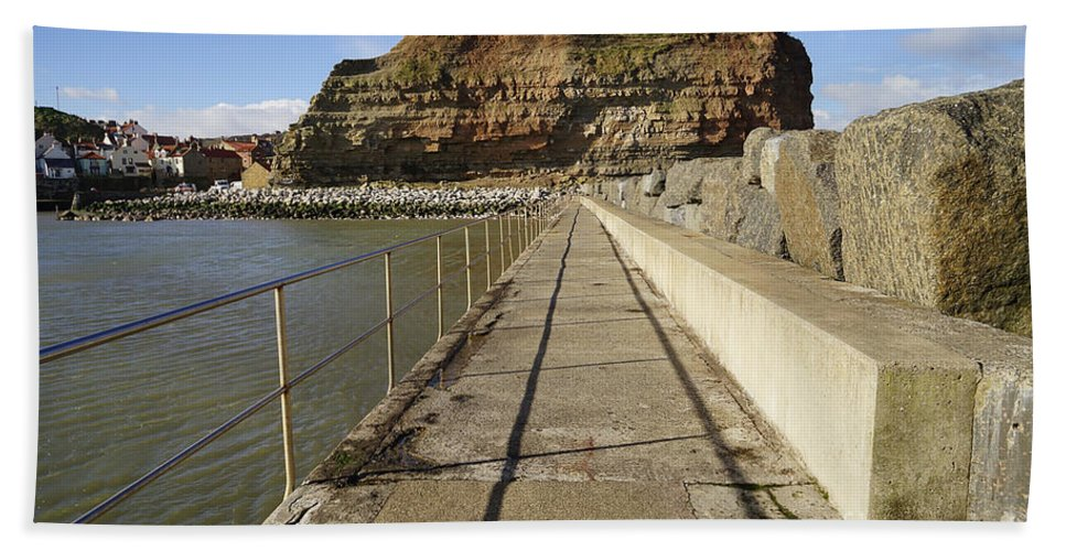 Staithes Hand Towel featuring the photograph Staithes by Smart Aviation