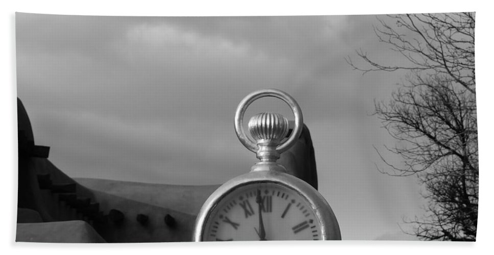 Black And White Bath Sheet featuring the photograph Standard Time by Rob Hans