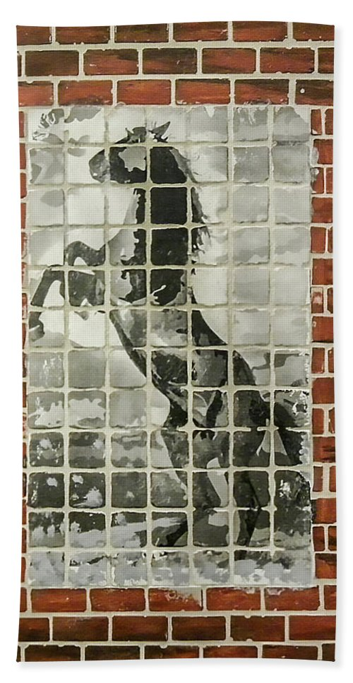 Brick Bath Sheet featuring the mixed media Standing Horse by Herman Cerrato