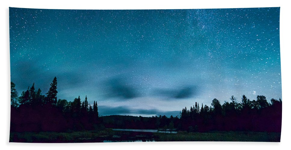 Stars Hand Towel featuring the photograph Stars Over Lake Vermilion by Craig Voth