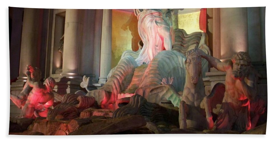 Ceasars Palace Hand Towel featuring the photograph Statues At Ceasars Palace by Anita Burgermeister