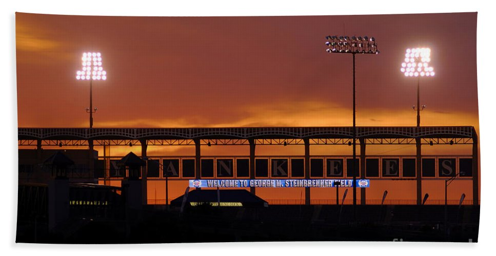 Steinbrenner Field Bath Towel featuring the photograph Steinbrenner Field by David Lee Thompson