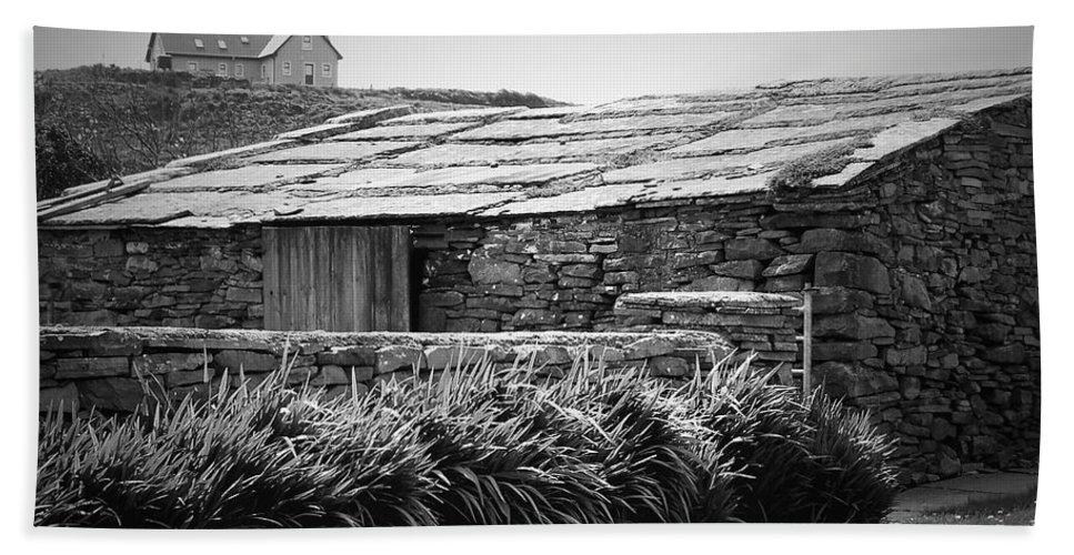Irish Bath Towel featuring the photograph Stone Structure Doolin Ireland by Teresa Mucha