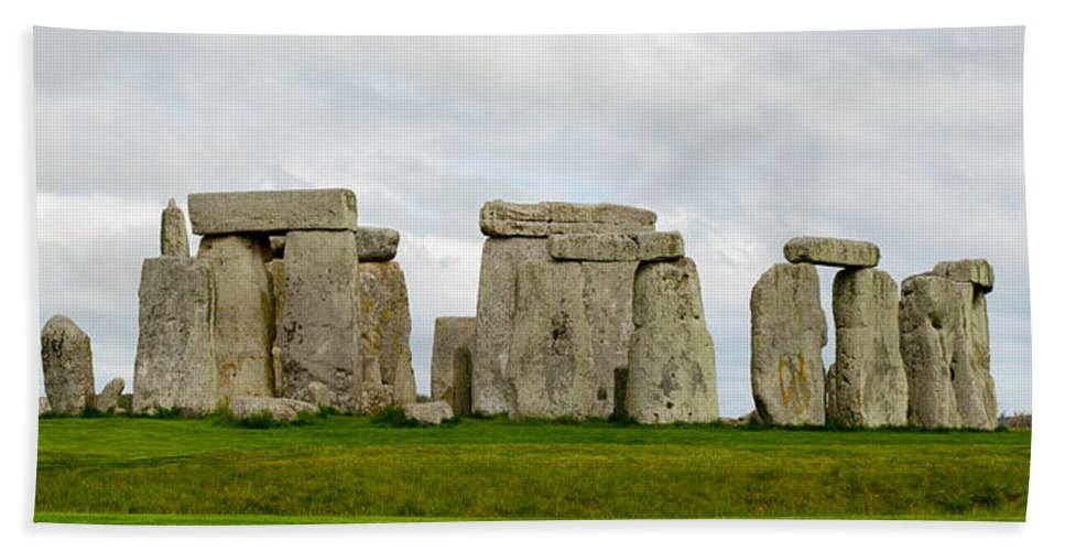 Stonehenge Hand Towel featuring the photograph Stonehenge Monument by Shanna Hyatt