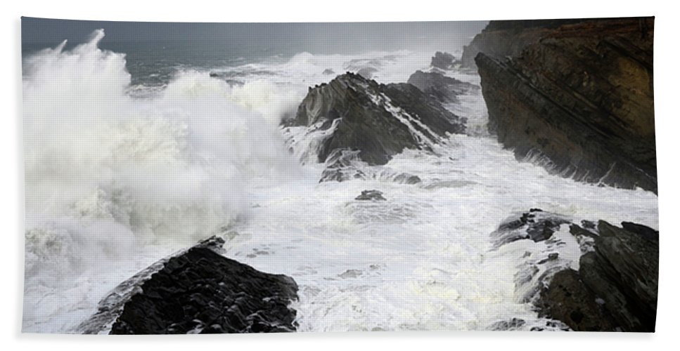 Lighthouse Bath Sheet featuring the photograph Storm On The Oregon Coast by Bob Christopher