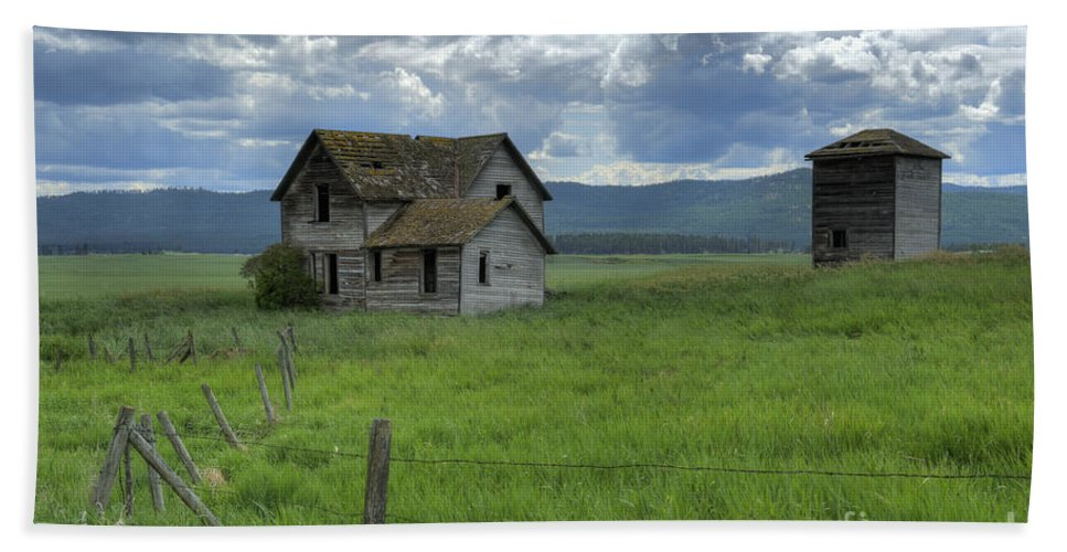 Hdr Bath Sheet featuring the photograph Storm Over Big Sky by Sandra Bronstein