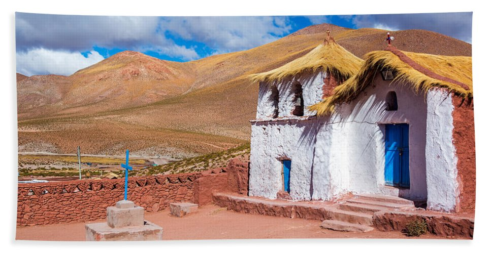 Church Hand Towel featuring the photograph Straw Roof Machuca Church by Jess Kraft