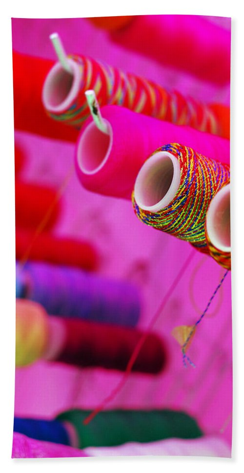 Color Bath Towel featuring the photograph String Theory by Skip Hunt