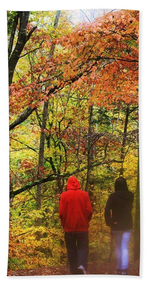 Fall Creek Falls Tennessee Usa Bath Sheet featuring the photograph Strolling Along by Lori Mahaffey