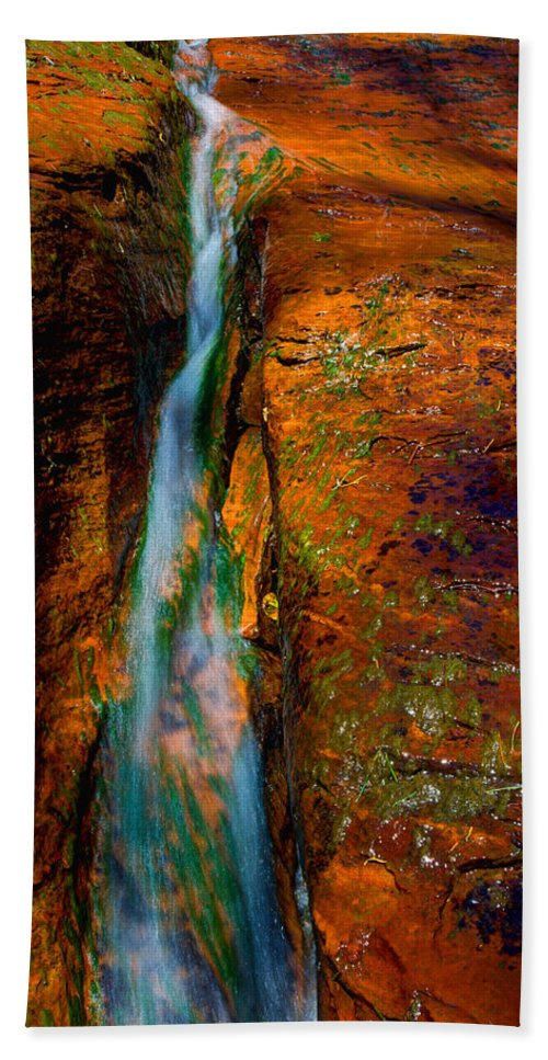 Outdoor Bath Towel featuring the photograph Subway's Fault by Chad Dutson
