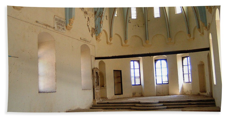 Ruins Turkey Turkish Temple Abandoned Church Pillars Vaulted Ceiling Old Hand Towel featuring the photograph Such A Waste by Andrea Lawrence