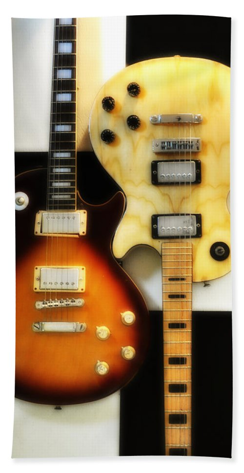 Les Paul Bath Sheet featuring the photograph Summer Of 69 by Bill Cannon