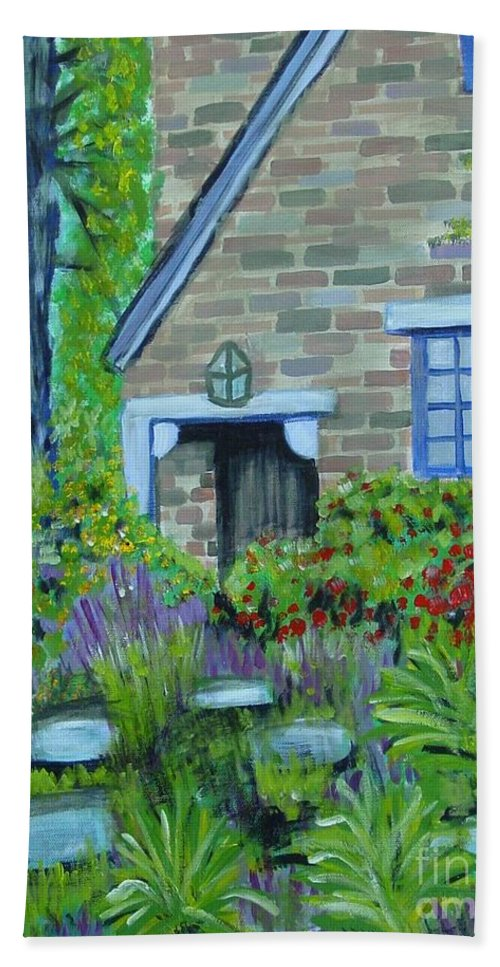 Cottage Bath Towel featuring the painting Summer Retreat by Laurie Morgan