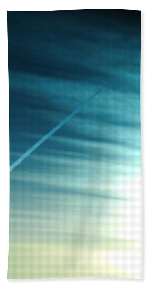 Sun Light Hand Towel featuring the photograph Sun Rays by Jeffery L Bowers