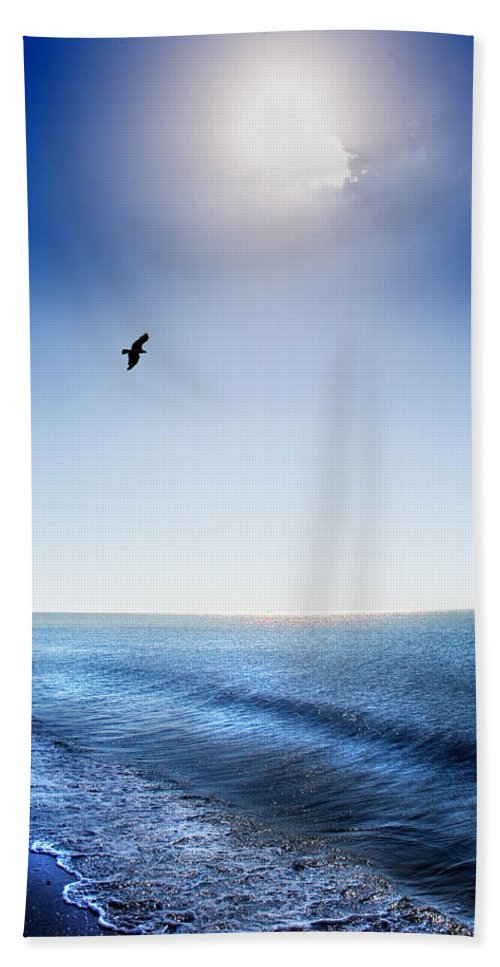 Sun Hand Towel featuring the photograph Sun Shade by Mal Bray