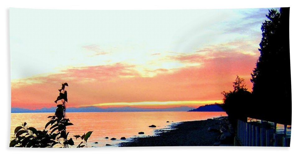 Sunset Bath Sheet featuring the photograph Sundown From West Vancouver by Will Borden