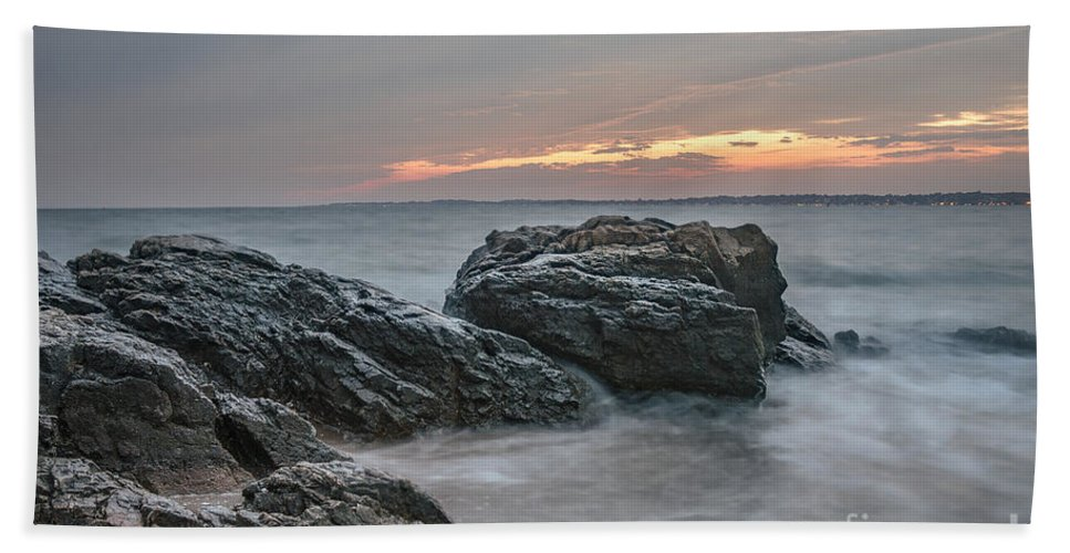Sunset Hand Towel featuring the photograph Sundown by Scott Wood