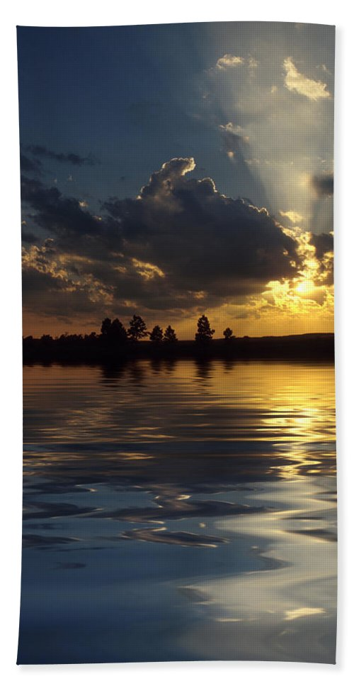 Sunset Hand Towel featuring the photograph Sunray Sunset by Jerry McElroy