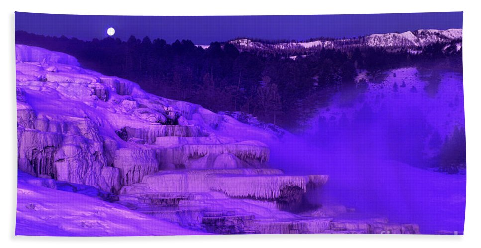 North America Bath Towel featuring the photograph Sunrise And Moonset Over Minerva Springs Yellowstone National Park by Dave Welling