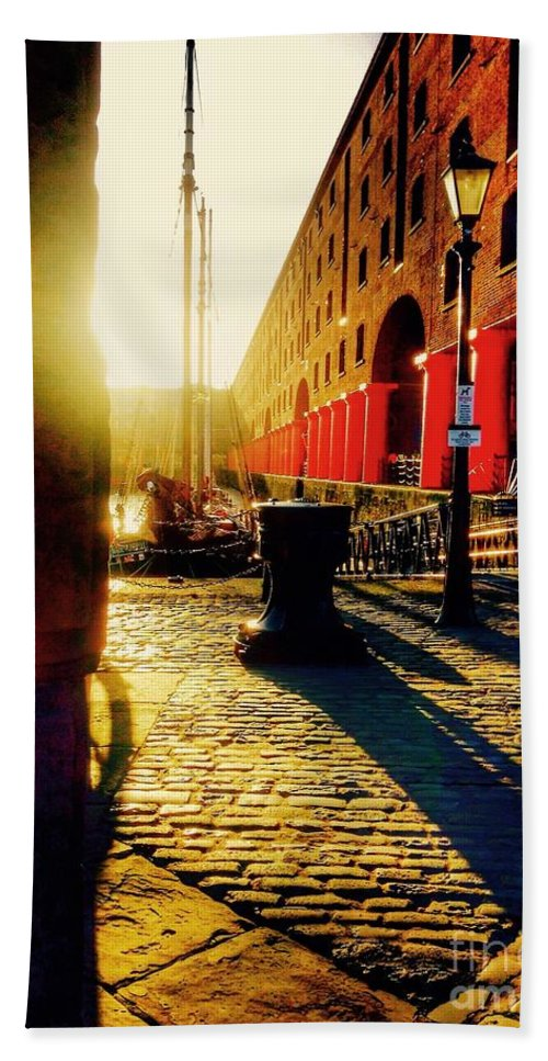 Albert Dock Hand Towel featuring the photograph Sunrise At Albert Dock by Joan-Violet Stretch