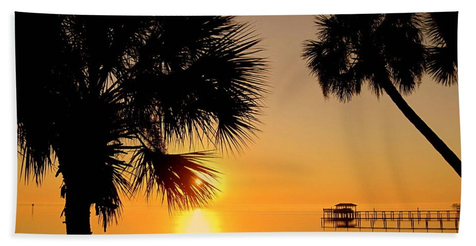 Sunrise Hand Towel featuring the photograph Sunrise At The Space Coast Fl by Susanne Van Hulst