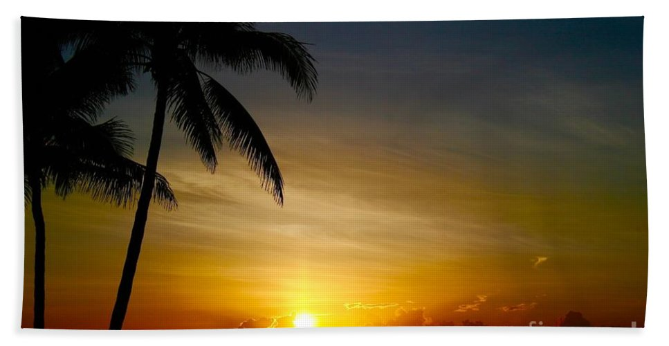 Sunrise Bath Sheet featuring the photograph Sunrise In Florida / A by Robert Cerri