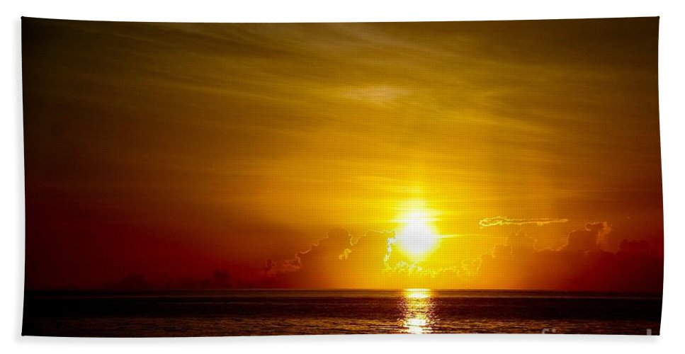 Sunrise Bath Sheet featuring the photograph Sunrise In Florida / C by Robert Cerri
