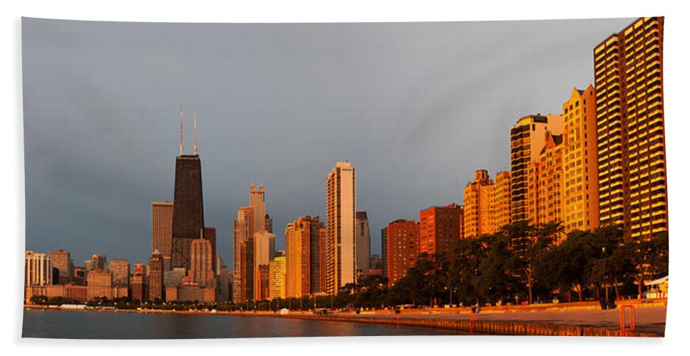 Sunrise Hand Towel featuring the photograph Sunrise Over Chicago by Adam Romanowicz
