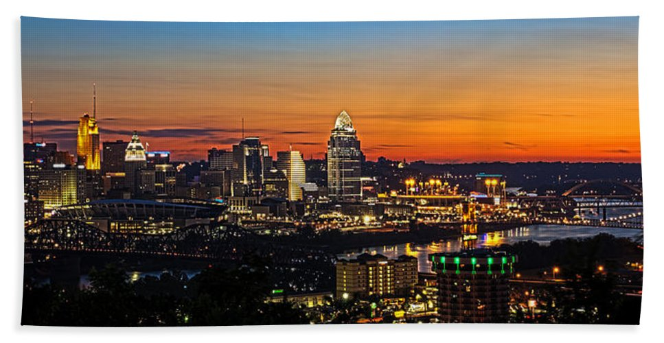 Sunrise Hand Towel featuring the photograph Sunrise over Cincinnati by Keith Allen