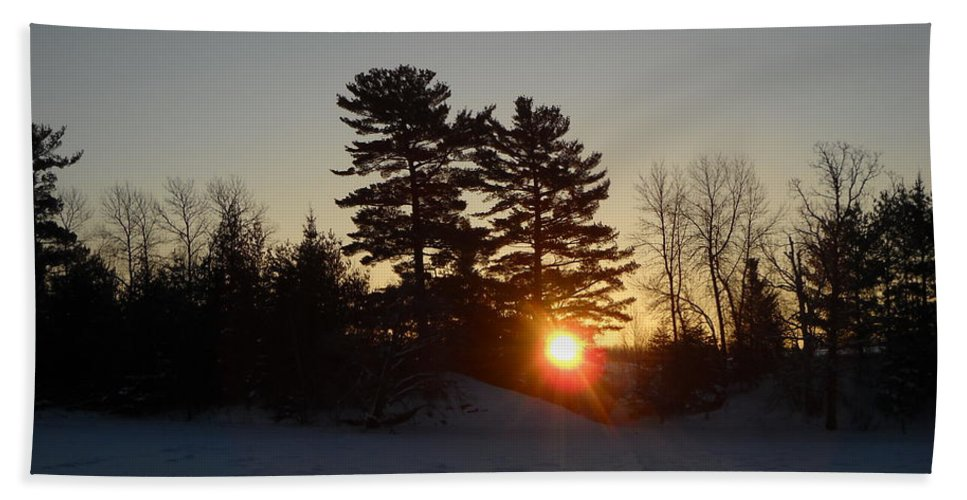 Mississippi River Hand Towel featuring the photograph Sunrise Under Pine Tree by Kent Lorentzen