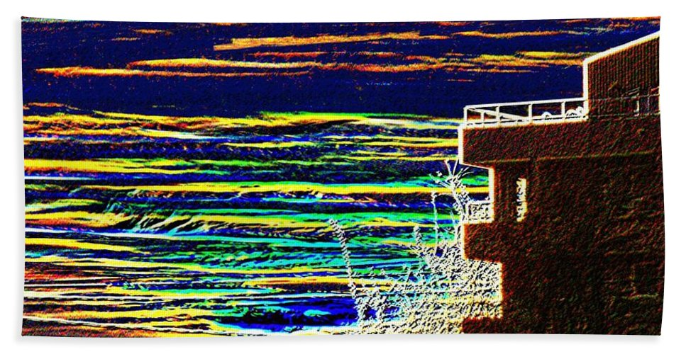 Seattle Hand Towel featuring the digital art Sunset 1 by Tim Allen