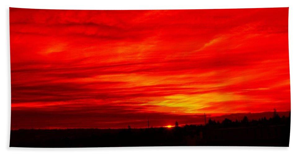 Seattle Hand Towel featuring the digital art Sunset 2 by Tim Allen