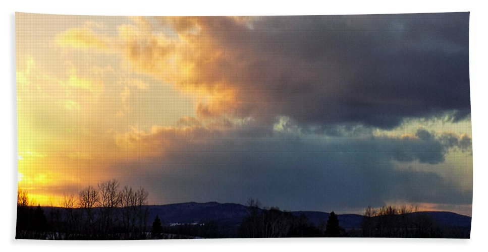 Sunset Hand Towel featuring the photograph Sunset After Wild Day by William Tasker