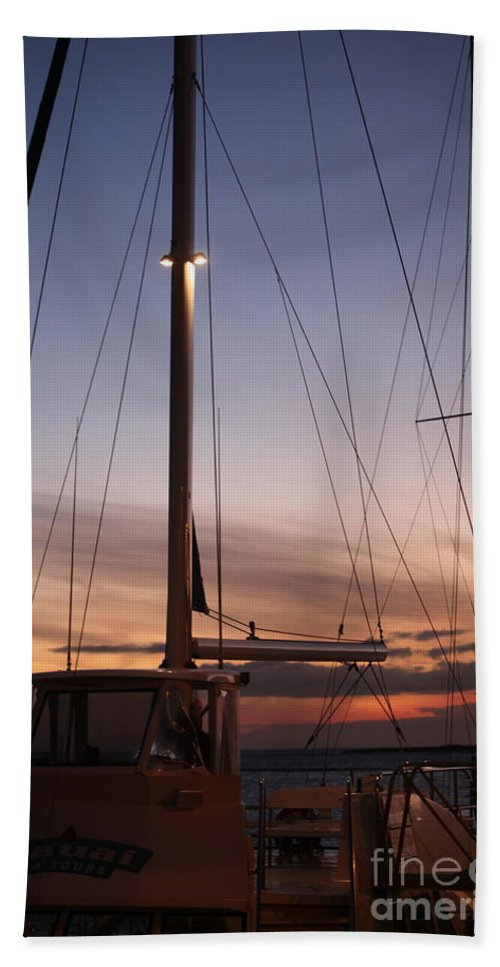 Sunset Bath Towel featuring the photograph Sunset And Sailboat by Nadine Rippelmeyer