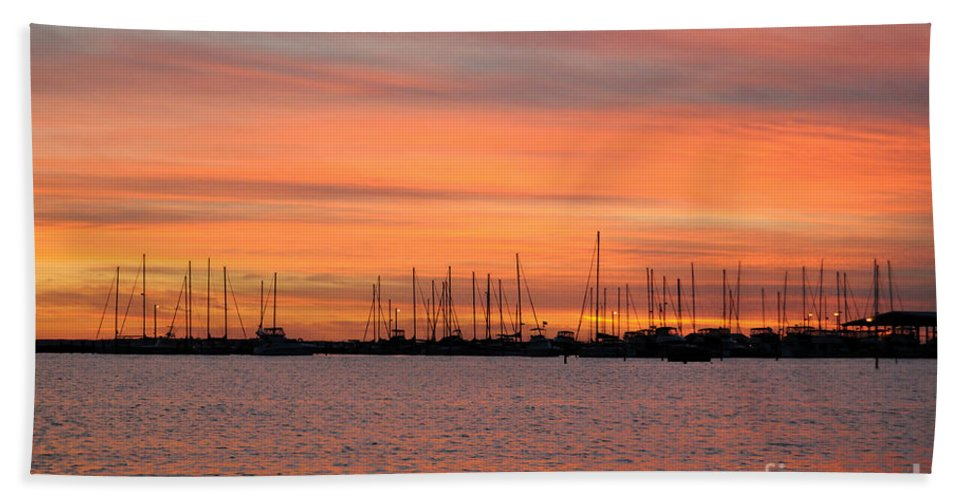 Sunset Hand Towel featuring the photograph Sunset At Rock Hall, Md by Cindy Roesinger