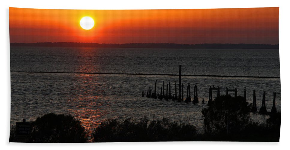 Sunset Hand Towel featuring the photograph Sunset At St.marks Nwf by Barbara Bowen
