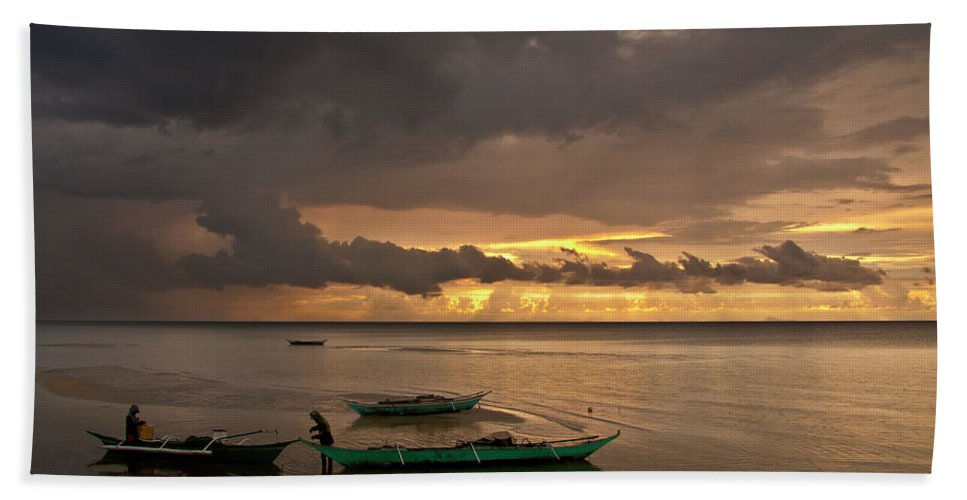 Seascape Hand Towel featuring the photograph Sunset At Tabuena Beach 1 by George Cabig