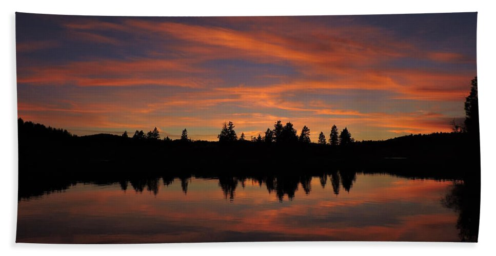 Mountains Hand Towel featuring the photograph Sunset Colors by Eric Fellegy