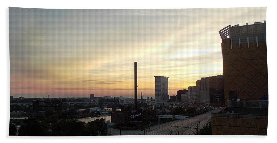 Cleveland Hand Towel featuring the photograph Sunset In Cleveland by Nina Kindred