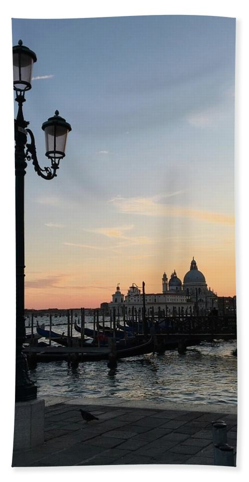 Sunset Hand Towel featuring the digital art Sunset In Venice by Cynthia Ervin